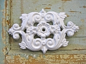 Shabby Chic Knob Back