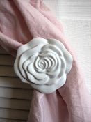 Shabby Curtain Tieback ~ Large Rose