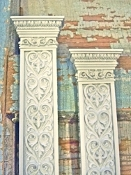 Shabby Victorian Columns (set of 2)